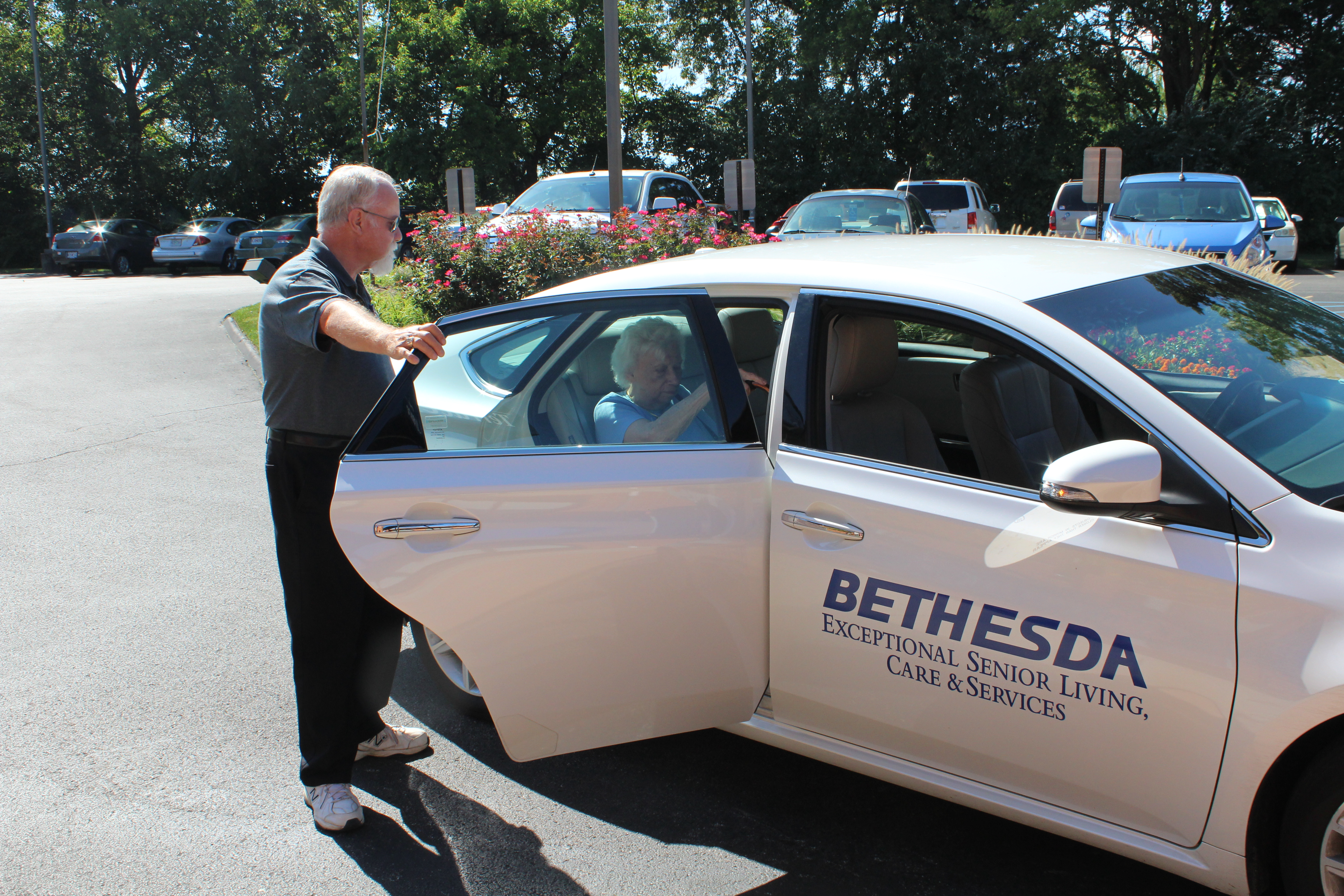 Bethesda St. Louis resident transportation services