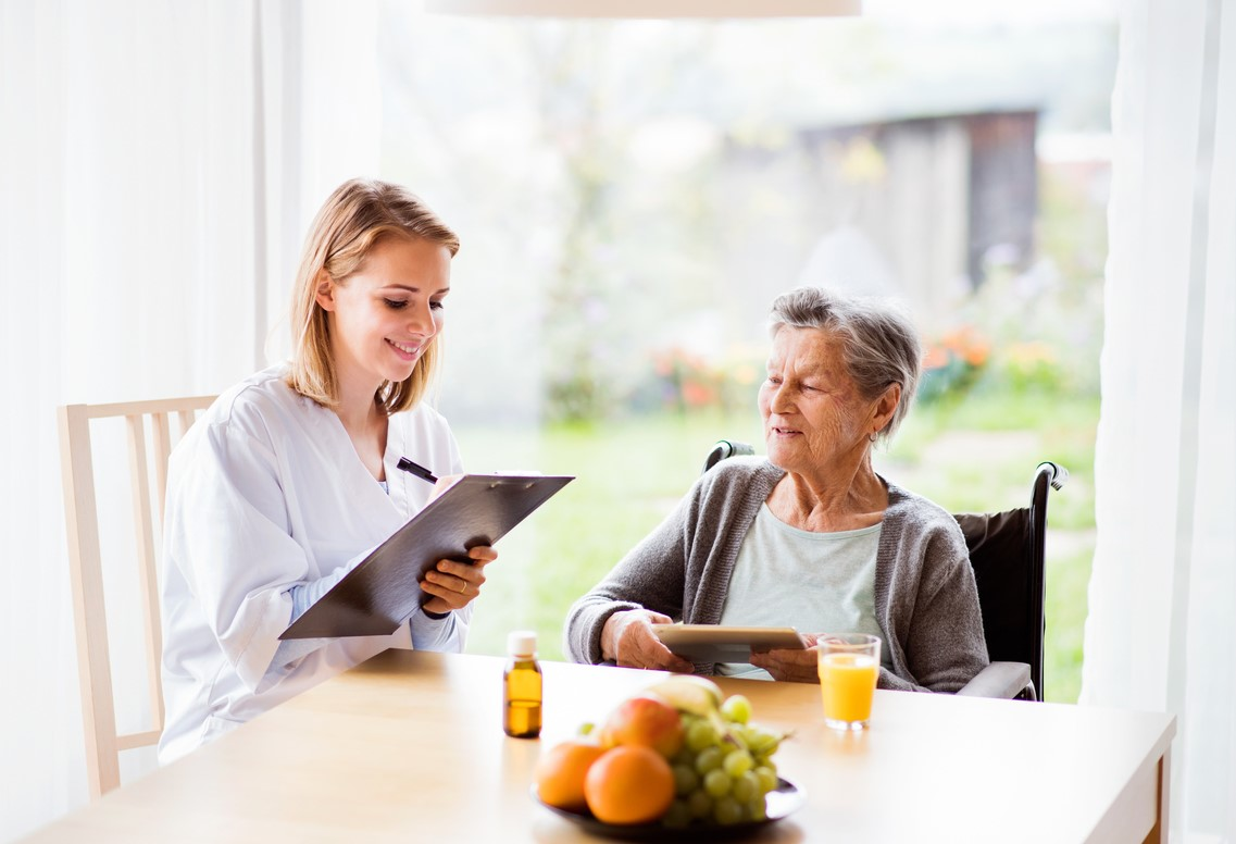 The benefits of a care coordinator include better managed senior care, more peace of mind, and reduced medical costs.